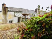 French property for sale in ROCHEFORT EN TERRE, Morbihan - €130,800 - photo 8