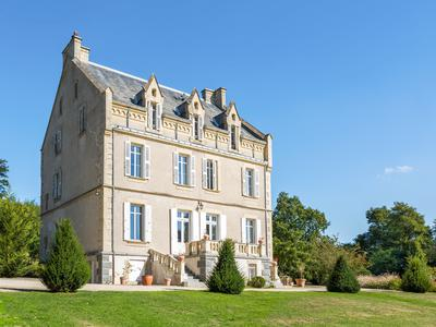chateauin ST PAUL EN GATINE