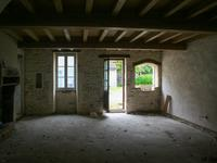French property for sale in ASNIERES LA GIRAUD, Charente Maritime - €210,600 - photo 7