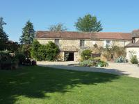 French property for sale in LALINDE, Dordogne - €572,000 - photo 2