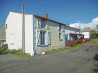 French property for sale in ST MAURICE DES NOUES, Vendee - €97,000 - photo 8