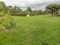 terrain à vendre à , Charente_Maritime, Poitou_Charentes, avec Leggett Immobilier