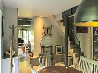 Very beautiful 170 m cottage in the heart of a private estate in the forest near Deauville - Pont l'Evêque. 2 hours from PARIS