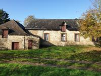 French property for sale in ST MARTIN DU LIMET, Mayenne - €97,000 - photo 2