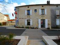 French property for sale in , Charente Maritime - €194,400 - photo 9