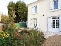 French property for sale in Les Eglises d Argenteuil, Charente Maritime - €114,450 - photo 2