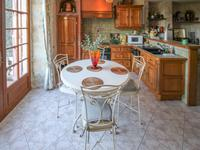 French property for sale in MONTCUQ, Lot - €371,000 - photo 5