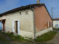 French property for sale in DEVIAT, Charente - €66,000 - photo 8