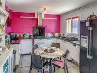 French property for sale in GALGON, Gironde - €602,080 - photo 6