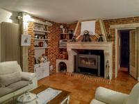 French property for sale in GALGON, Gironde - €602,080 - photo 5