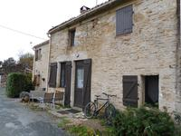 French property for sale in THOUARSAIS BOUILDROUX, Vendee - €74,800 - photo 2