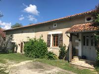 houses and homes for sale inAUBETERRE SUR DRONNECharente Poitou_Charentes
