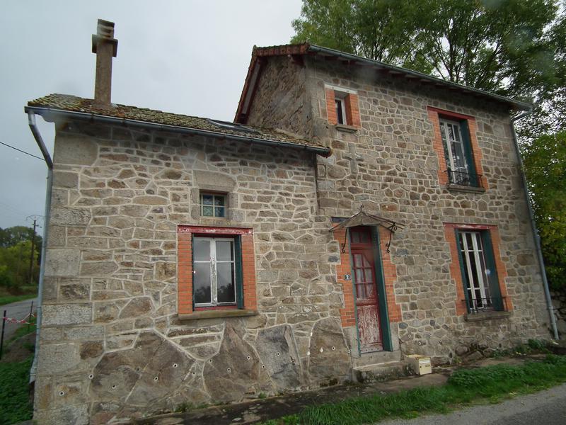 Maison à vendre à AUZANCES(23700) - Creuse