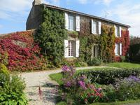 French property for sale in CHATEAU GUIBERT, Vendee - €220,750 - photo 1