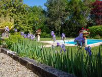French property for sale in Les Eglises d Argenteuil, Charente Maritime - €299,000 - photo 5