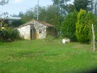 French property for sale in CHARRAS, Charente - €67,100 - photo 2