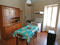 French property for sale in MAREUIL, Dordogne - €61,000 - photo 2