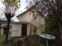 French property for sale in PEYRAT LE CHATEAU, Haute Vienne - €89,000 - photo 2