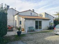 French property, houses and homes for sale inBRIVES SUR CHARENTECharente_Maritime Poitou_Charentes