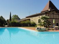 Chateau à vendre à VILLENEUVE SUR LOT en Lot et Garonne - photo 1