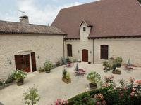 Chateau à vendre à VILLENEUVE SUR LOT en Lot et Garonne - photo 3