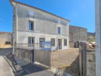 houses and homes for sale inAMBERACCharente Poitou_Charentes