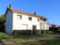 French property for sale in LIMALONGES, Deux Sevres - €119,900 - photo 1