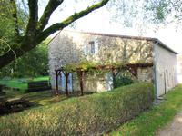 French property for sale in LONNES, Charente - €477,000 - photo 8