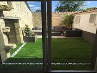 Superbe maison en pierre avec patio, 2 chambres, 1 salle d'eau