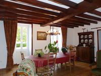 French property for sale in BARBEZIEUX ST HILAIRE, Charente - €304,950 - photo 2