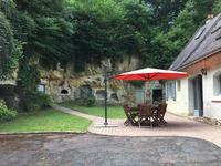 Maison à vendre à CHENEHUTTE TREVES CUNAULT en Maine et Loire - photo 1