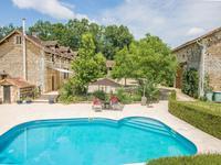 French property for sale in CHAMPEAUX ET LA CHAPELLE POMMI, Dordogne - €636,000 - photo 2