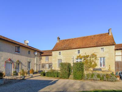 Magnificent 14th century property in the middle of its almost 10 ha of land, in the very quiet countryside of the southern Loire Valley. This exceptional property with its more than 800 m2 of living space is currently used as a 3 stars gîtes and B&B complex.