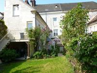 French property, houses and homes for sale inPONT STE MAXENCEOise Picardie