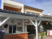 French property for sale in LE BOUSCAT, Gironde - €918,750 - photo 2