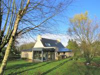 French property for sale in BIGNAN, Morbihan - €207,000 - photo 2