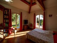 French property for sale in BESSE SUR ISSOLE, Var - €585,000 - photo 5