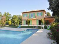 French property, houses and homes for sale inMontaurouxVar Provence-Alpes-Côte d'Azur