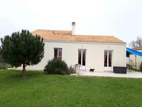 French property for sale in Cozes, Charente-Maritime - €316,000 - photo 3