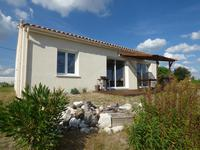 French property, houses and homes for sale inSaint Fort Sur GirondeCharente-Maritime Poitou-Charentes