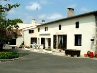 houses and homes for sale inCozesCharente-Maritime Poitou-Charentes