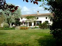 French property for sale in Cozes, Charente-Maritime - €242,500 - photo 2
