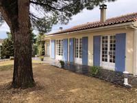 French property, houses and homes for sale inSaint Dizant Du GuaCharente-Maritime Poitou-Charentes