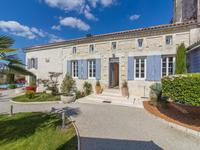 French property, houses and homes for sale inSaint Georges AntignacCharente-Maritime Poitou-Charentes