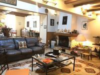 Maison à vendre à Gemozac en Charente-Maritime - photo 1