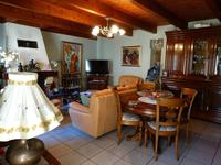 French property for sale in Lespignan, Hérault - €154,000 - photo 4