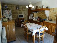 French property for sale in Lespignan, Hérault - €154,000 - photo 5