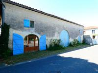 French property for sale in Saint Ciers Du Taillon, Charente-Maritime - €70,500 - photo 7