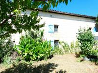 French property for sale in Saint Ciers Du Taillon, Charente-Maritime - €70,500 - photo 9