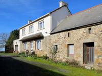 French property, houses and homes for sale inTressignauxCôtes-d'Armor Bretagne